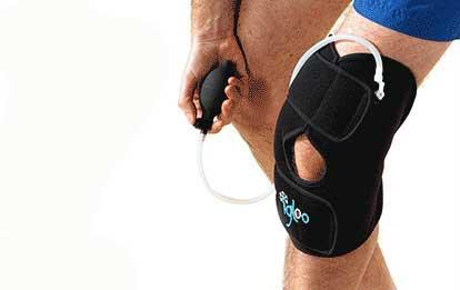 L'attelle cryogène Igloo® associe cryothérapie, compression et contention et est particulièrement pertinente dans la phase douloureuse aiguë.