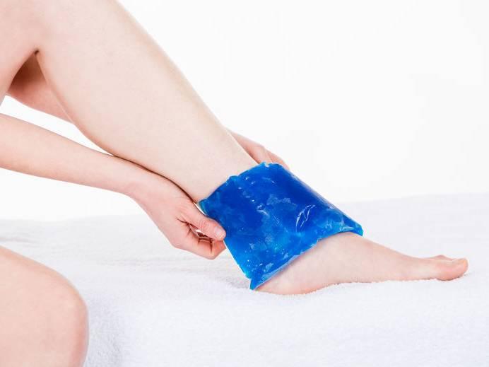 La cryothérapie est un excellent moyen pour diminuer rapidement les douleurs liées un traumatisme des tendons, des ligaments, des muscles et des articulations.