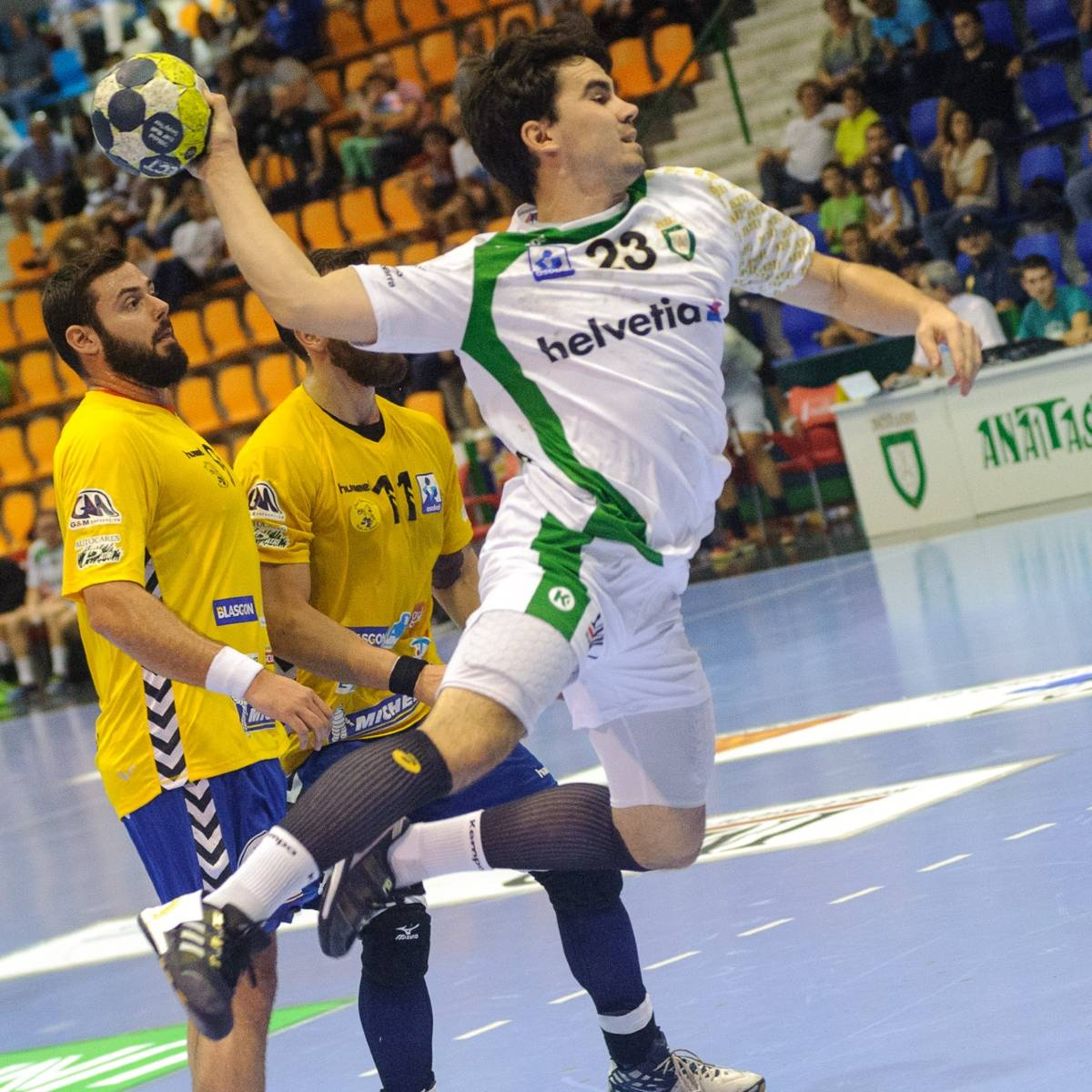 handball tir en suspension