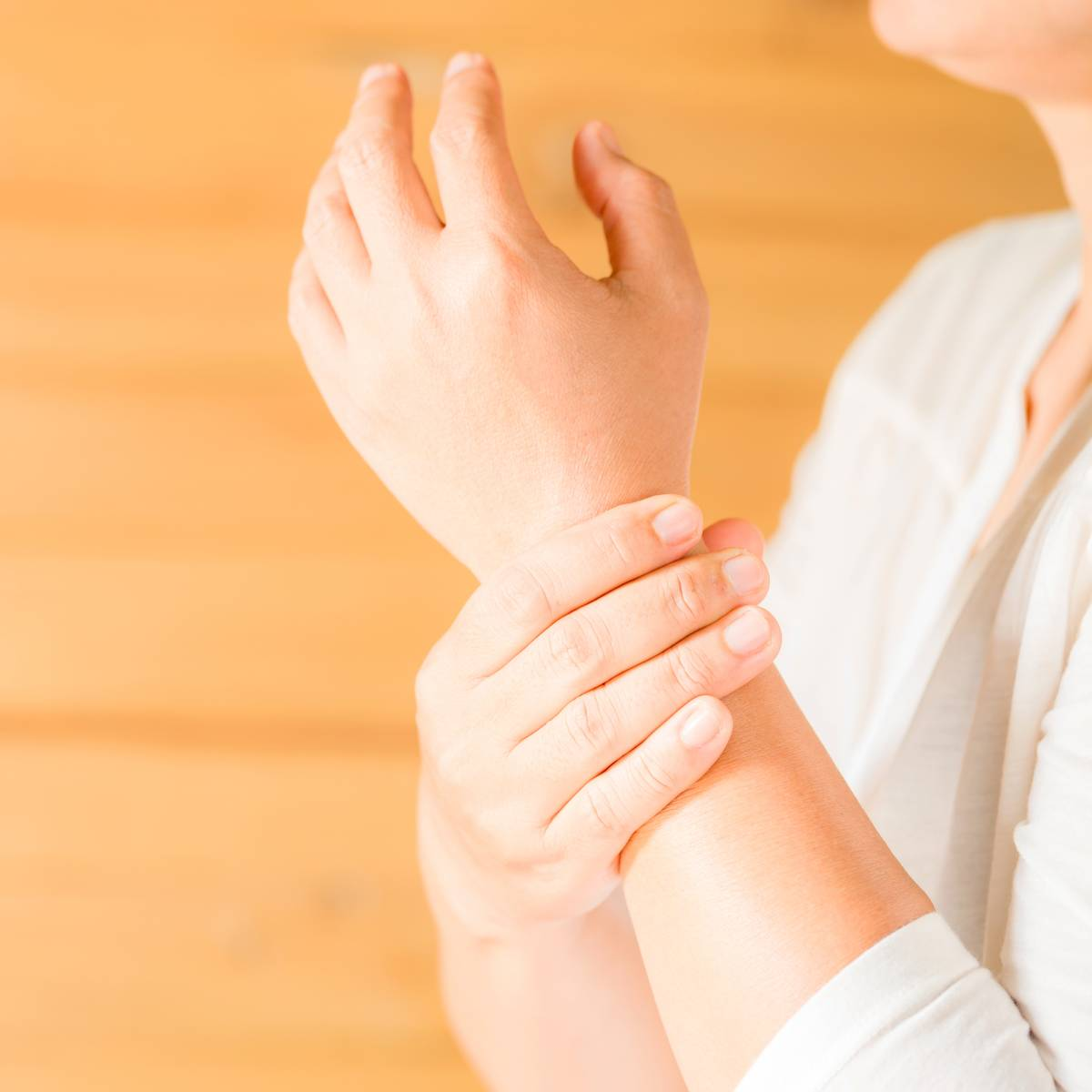 La chirurgie peut éviter la récidive d'un kyste synovial au poignet