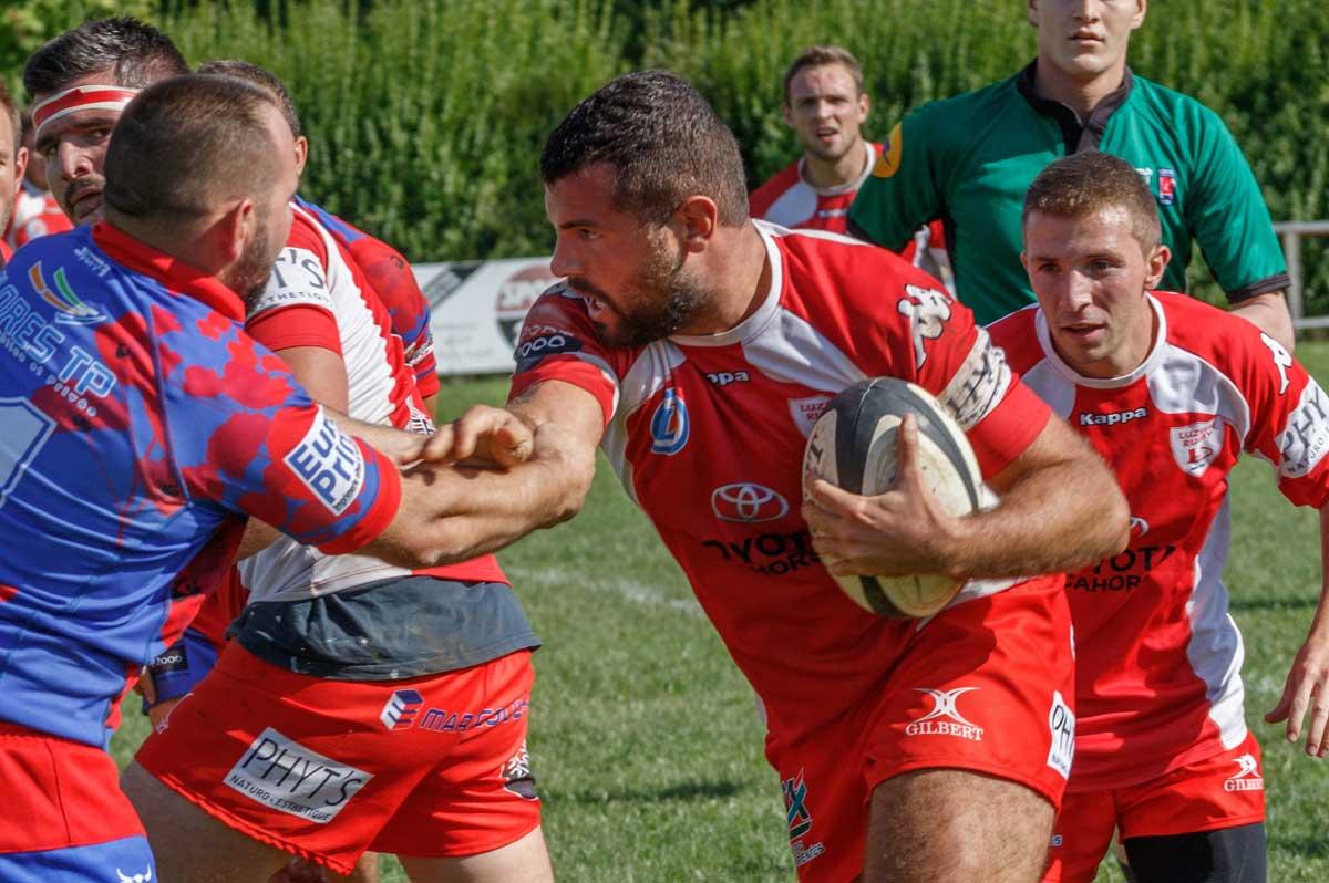 rugby : blessures au bras et à l'épaule