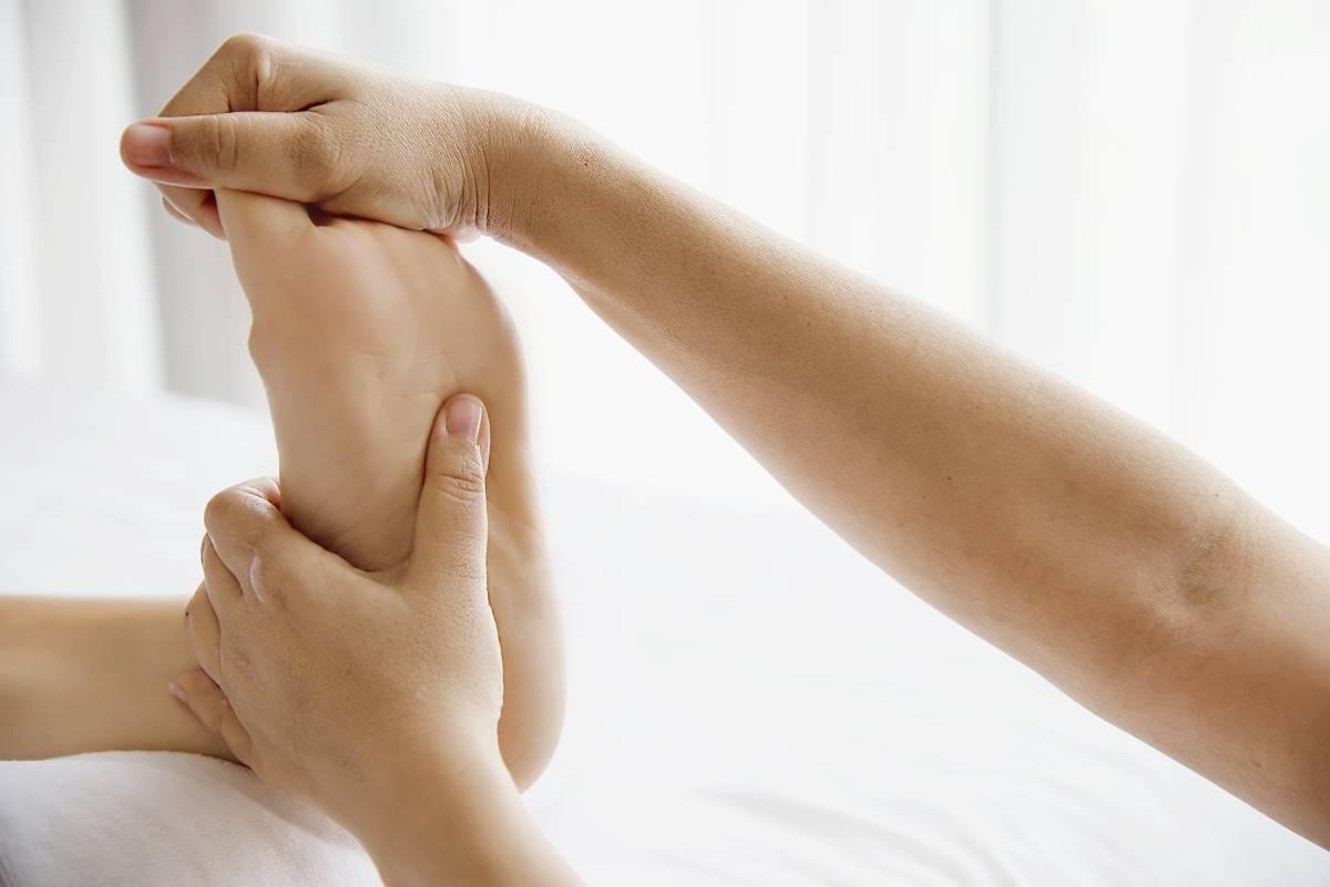 Le conflit de cheville est lié à un contact excessif entre les os de cette articulation.