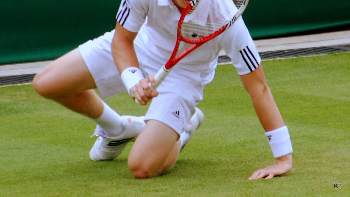 tennis : blessures de la main et du poignet