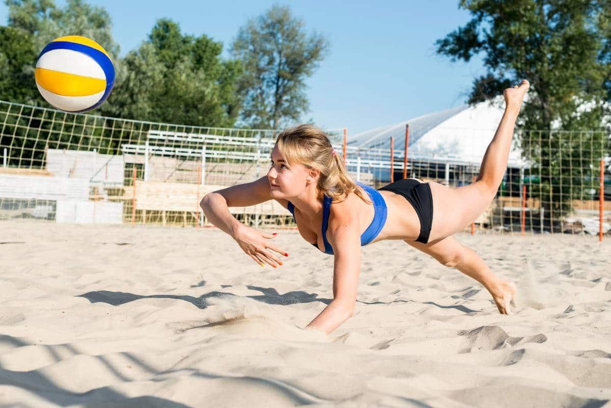 volleyball : plongeon en défense